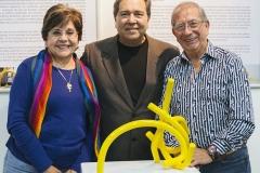 Junto al Maestro ArnulfoTobar y su esposa Gloria